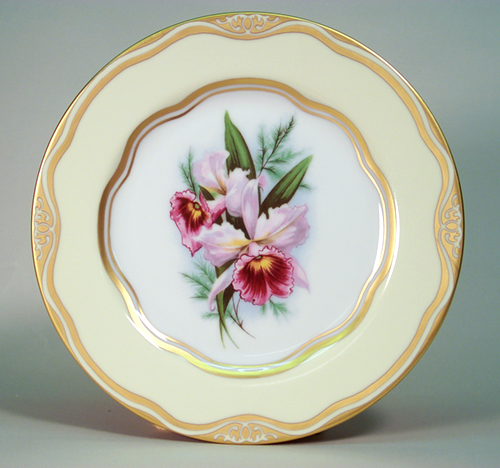 """Flowers of the First Ladies Collection                                           Dessert Plate """"Orchi"""
