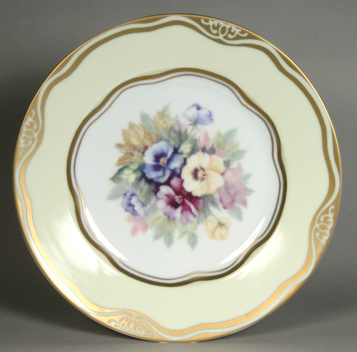 "Flowers of the First Ladies  Collection                                          Dessert Plate ""Pansi"