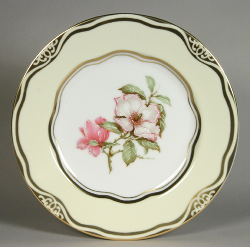 """Flowers of the First Ladies  Collection                                          Dessert Plate """"Magno"""