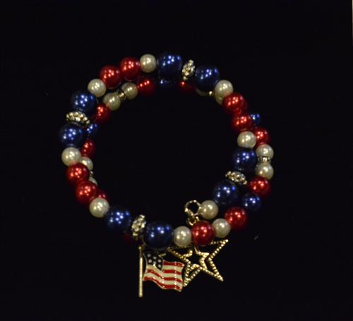USA Coil Bracelet