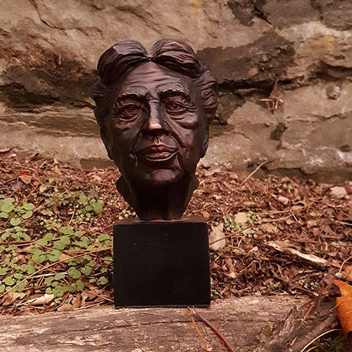 "Eleanor Roosevelt 8"" Bust"